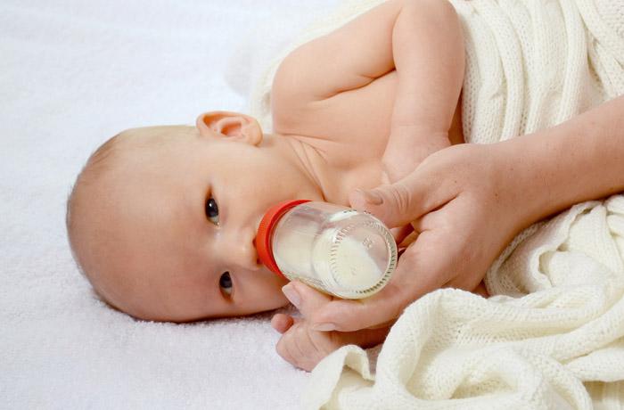 Wie viel Vitamin D für Babys zum Schutz vor Rachitis?
